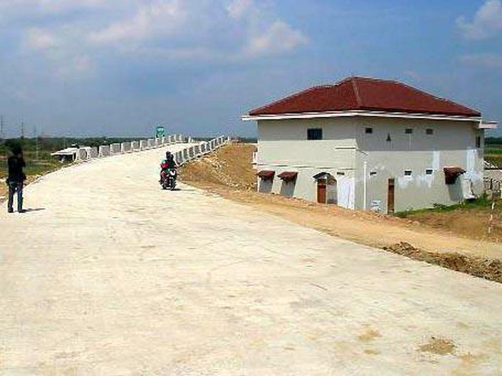 Rumah Juragan Warteg Masih Berdiri Kokoh di Tol Pejagan-Pemalang