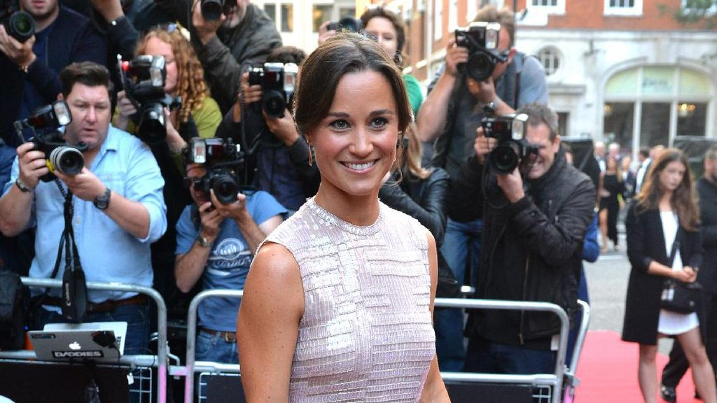 5 Momen Pippa Middleton Jadi Ikon Fashion Seperti Kate Middleton