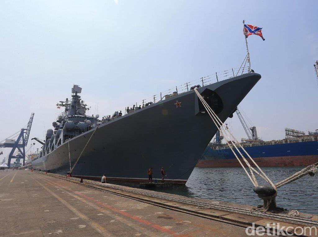 Aroma Keperkasaan Rusia dari Kapal Perang Varyag