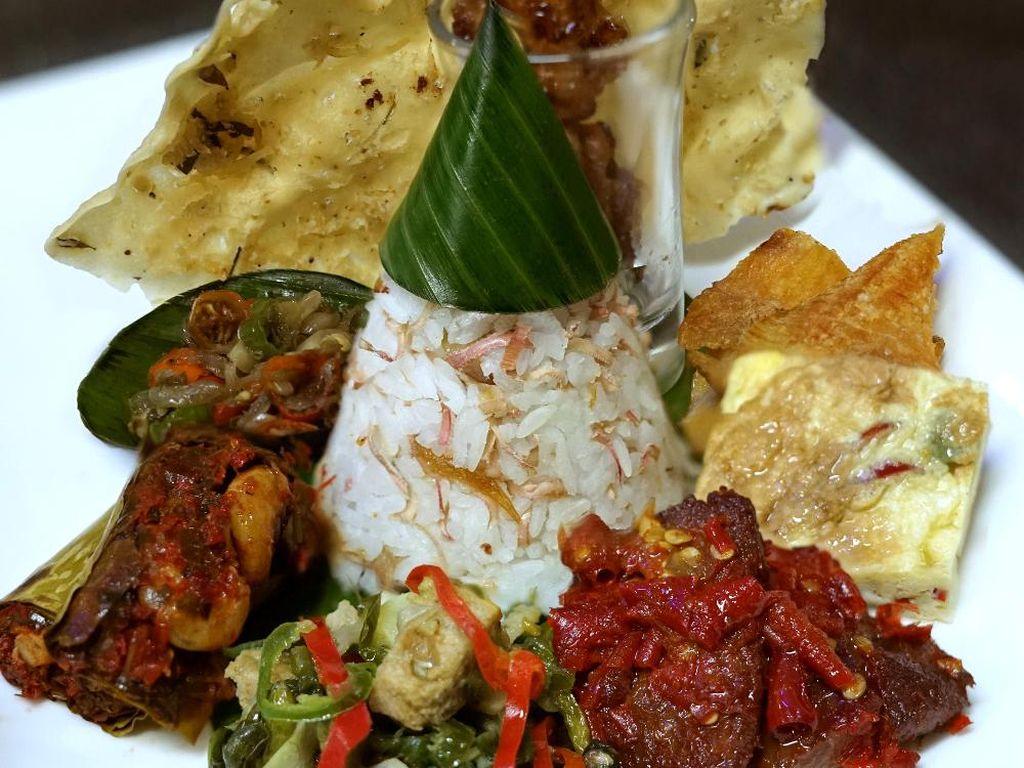 Bubur Tampah hingga Nasi Kecombrang Bisa Jadi Pilihan Berbuka di Le Gran Cafe