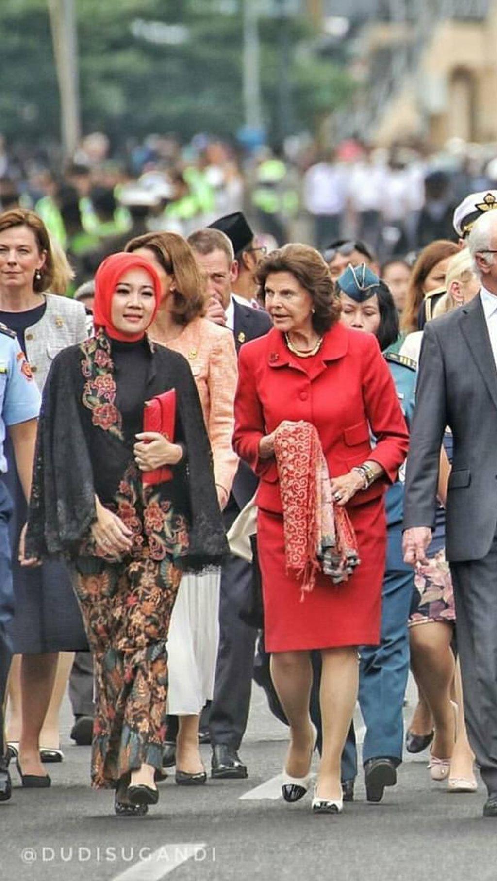 Foto: Gaya Hijab Si Cinta, Istri Ridwan Kamil Saat Bertemu Ratu Swedia