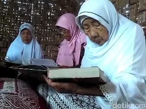 Puluhan Lansia di Blitar Diajak Pondok Ramadan