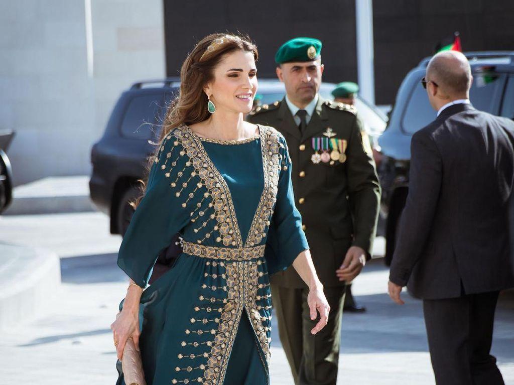 Foto: 7 Gaya Para Istri Pemimpin Muslim Dunia