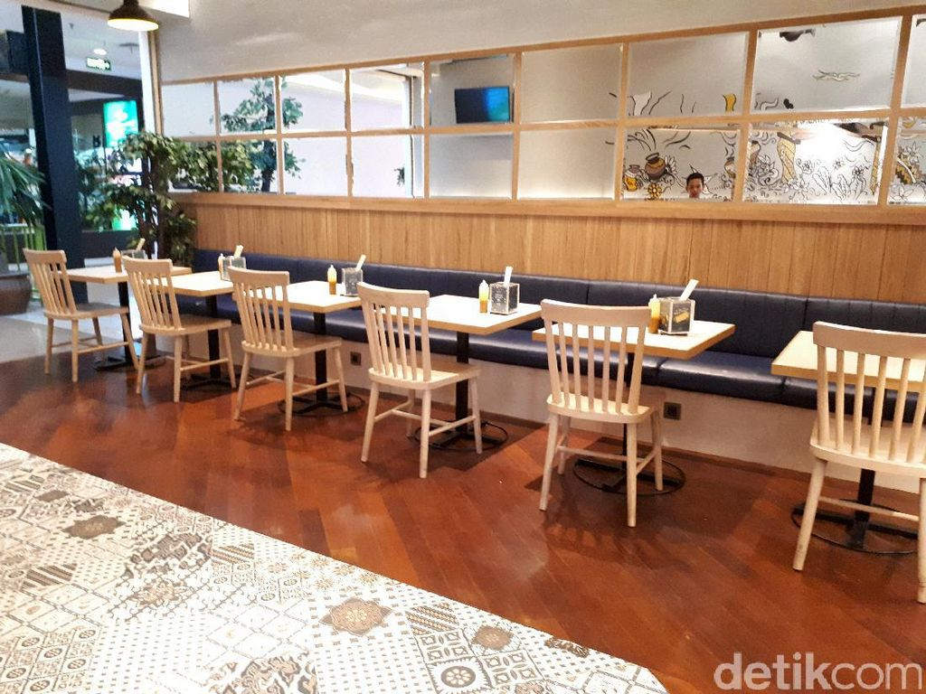 Umaramu Indonesian Noodle berlokasi di Menteng Huis. Restoran membawa ragam olahan mie Nusantara sebagai menu andalan.