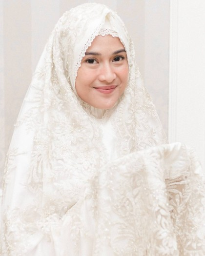 5 Mukena Lebaran dari Brand Dian Sastro Hingga Nagita Slavina