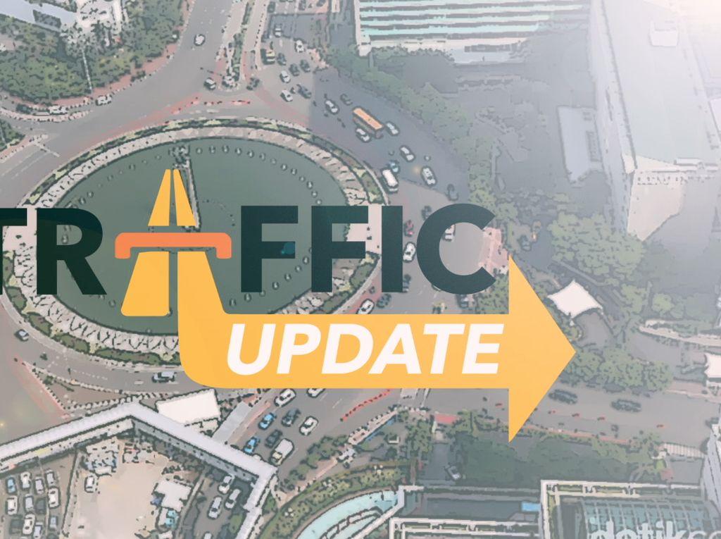 Traffic Update: Tol Cikampek Arah Jakarta Ramai Lancar