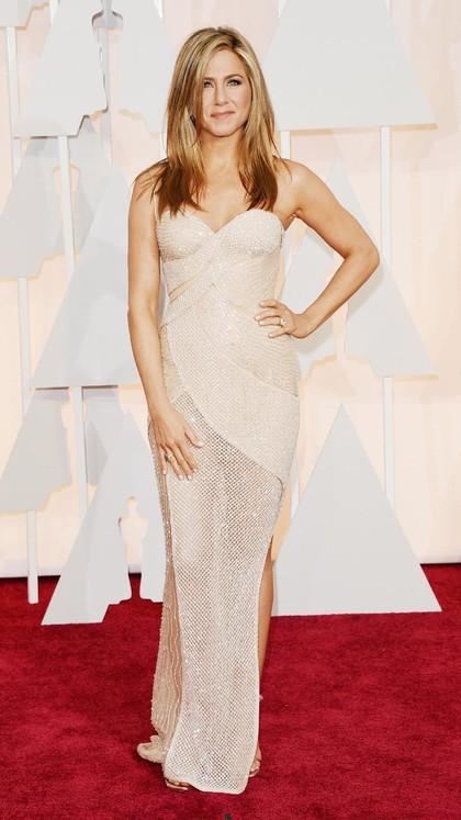 Rahasia Kulit Indah Jennifer Aniston: Lidah Buaya dari Kebun Sendiri