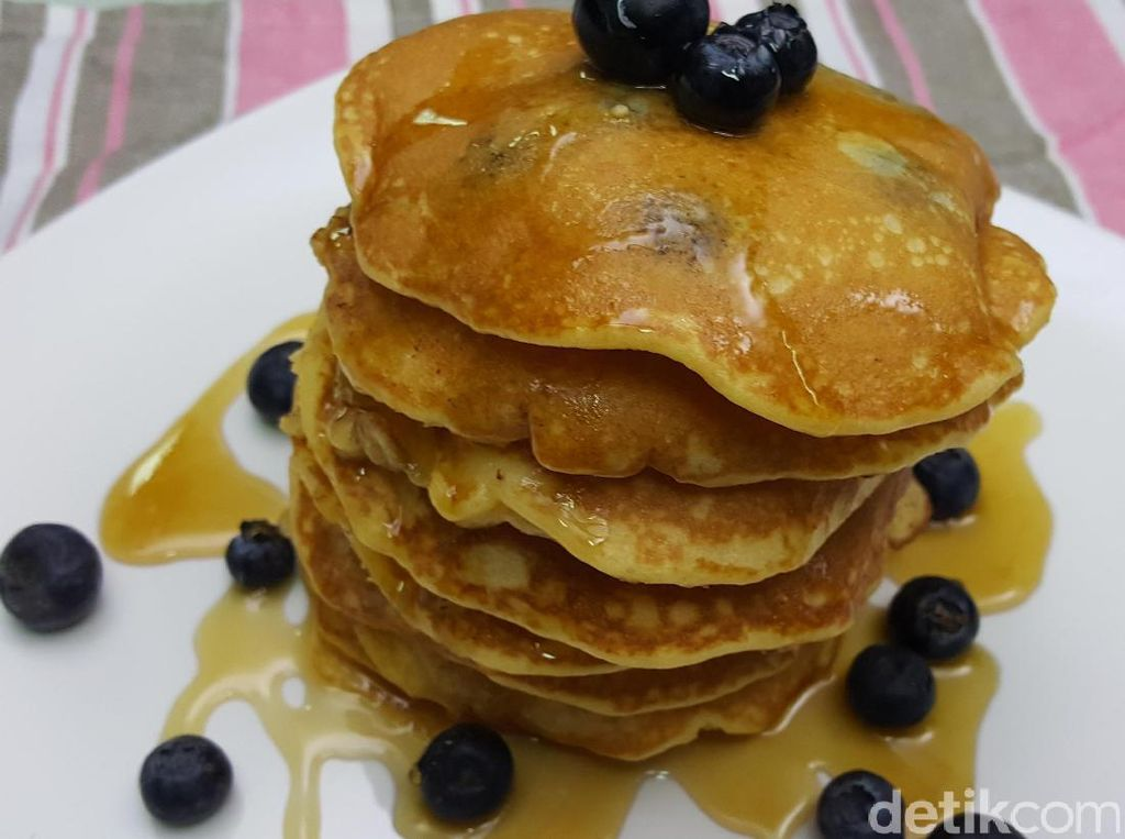 Resep Kue: Blueberry Fluffy Pancake