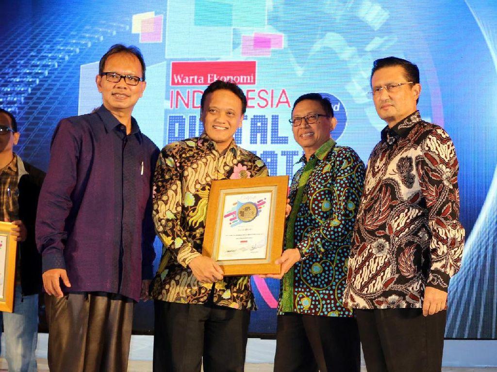 Penghargaan ini sekaligus bentuk apresiasi untuk perusahaan-perusahaan di Indonesia yang mampu menghasilkan inovasi terbaik dalam hal layanan yang menerapkan teknologi guna bertahan dan berkembang di tengah sengitnya persaingan industri. Foto: dok Bank DKI