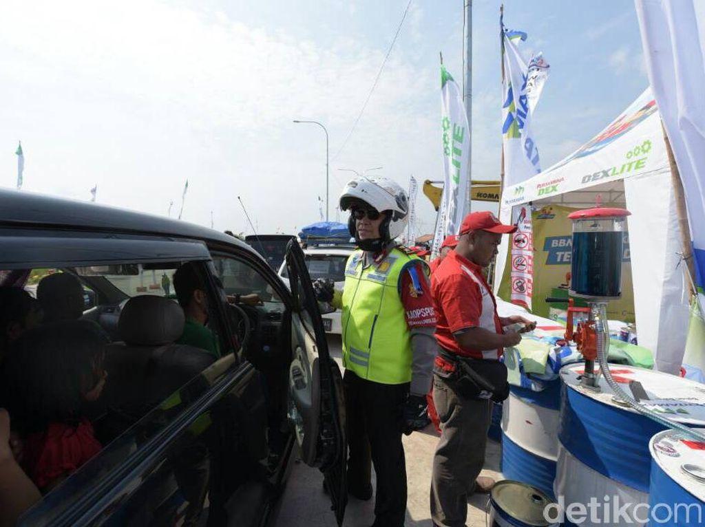 Lewat Tol Darurat Brebes-Gringsing, Jaga Kecepatan 40 Km Per Jam