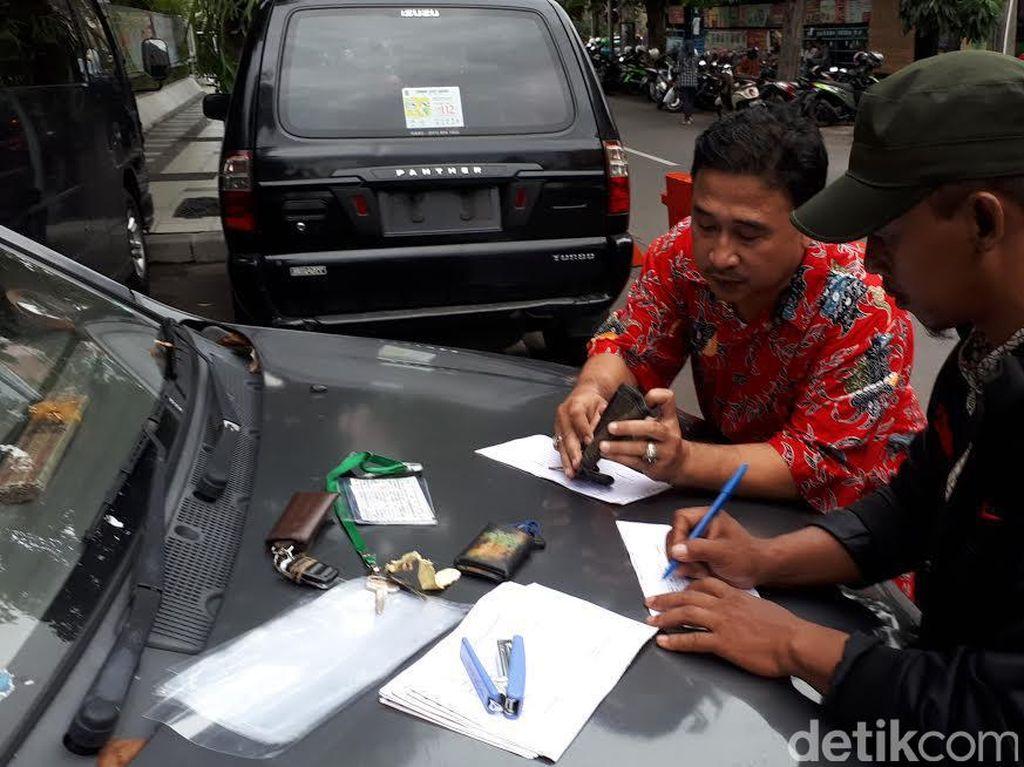 Ratusan Kendaraan Dinas Pemkot Surabaya Mulai Dikandangkan