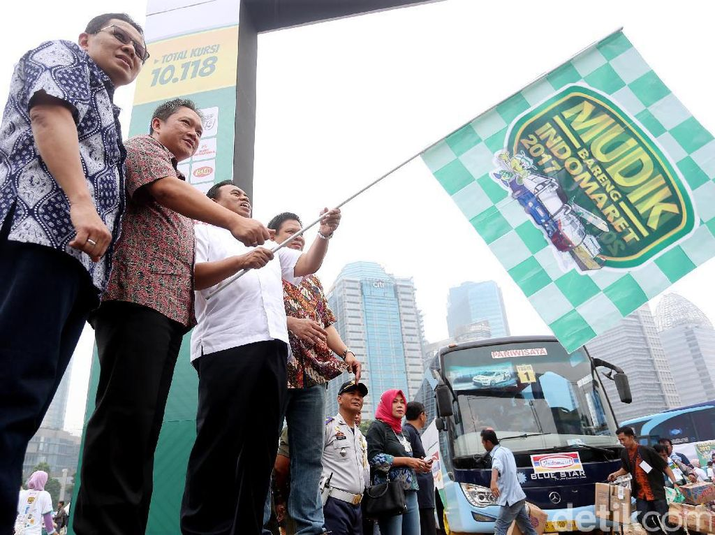 Indomaret Berangkatkan 5.015 Pemudik
