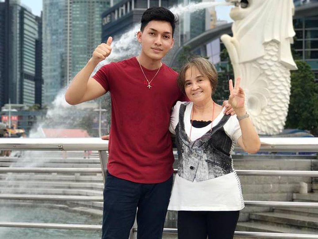 Kado Anak Pada Ibu yang 20 Tahun Jadi Pembantu: Keliling Asia