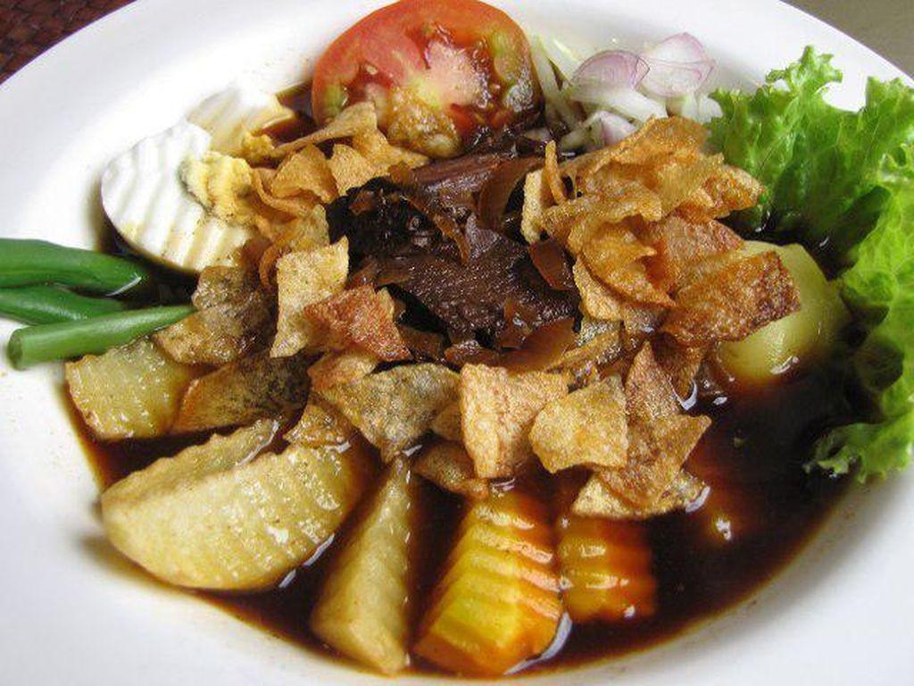 Mau Jajan Enak Seharian di Solo? Ini Rekomendasi Tempat Makan yang Sedep Mantep
