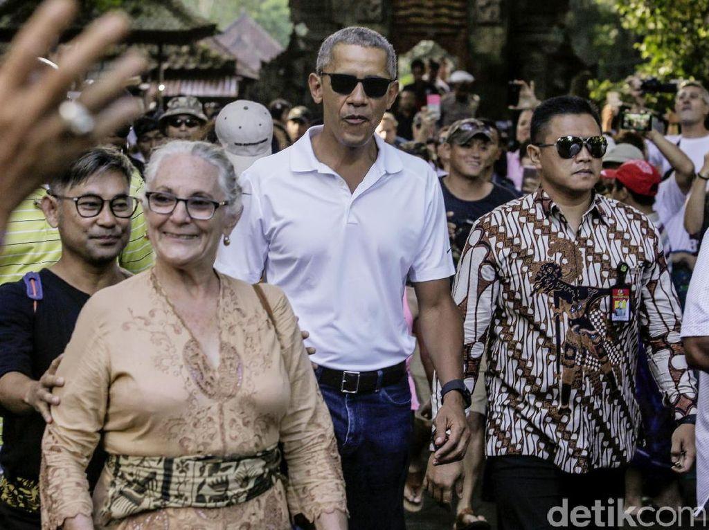 Foto-foto Liburan Obama di Bali