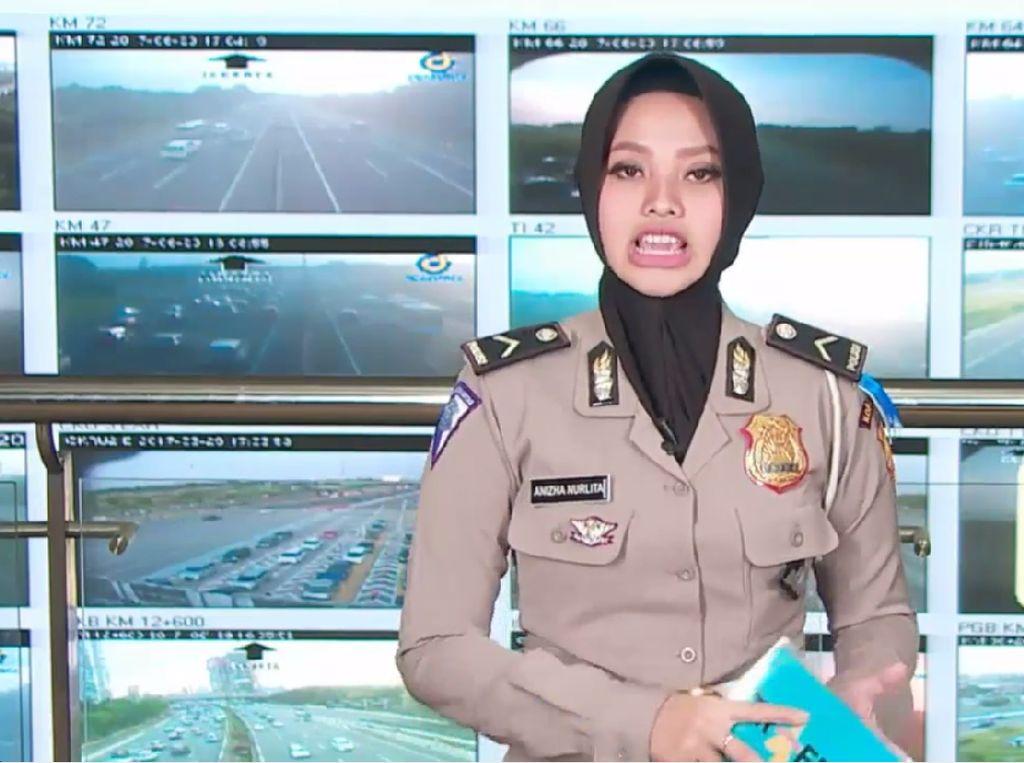 Traffic Update: Simpang Gadog Arah Puncak Dipadati Kendaraan