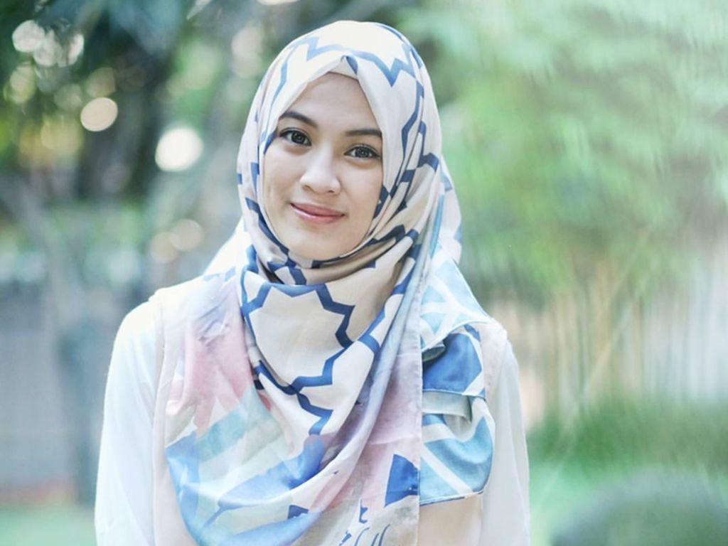 Foto: Gaya Hijab Alyssa Soebandono Saat Hamil Anak Kedua, Makin Cantik!