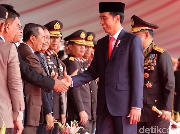 Kado Istimewa untuk Wali Kota Makassar di HUT Bhayangkara
