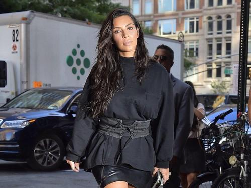 Nggak Nyangka! Kim Kardashian Pernah Nyuri Lipstik di Apotek