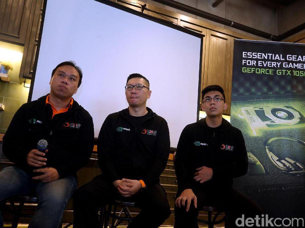 Sebagai bentuk kerja sama NVIDIA dan TNC, NVIDIA turut menghadirkan produk unggulan mereka, GeForce 10 Series. Demi mendukung kenyamanan gamer memainkan game di cyber cafe besutan TNC. Foto: Rengga Sancaya