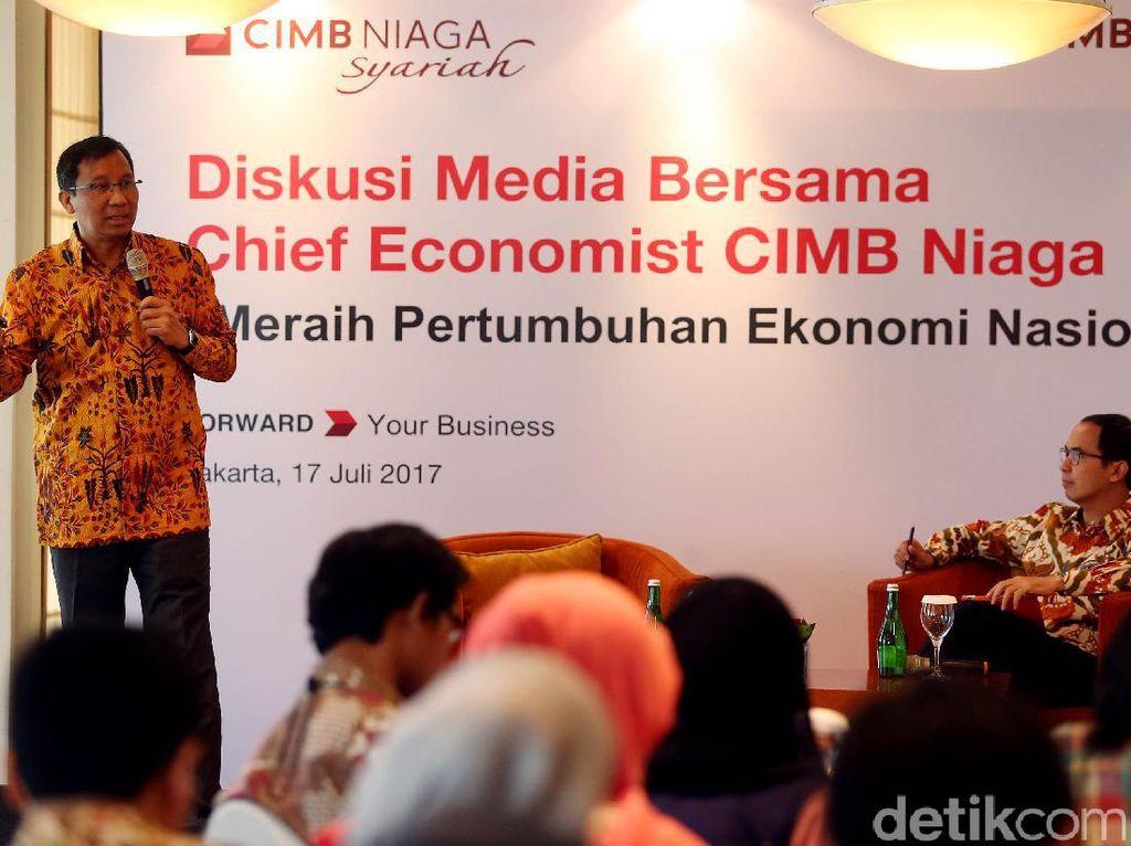 Perekonomian Indonesia sepanjang paruh pertama 2017 menunjukkan tren perbaikan dibandingkan pencapaian tahun lalu.