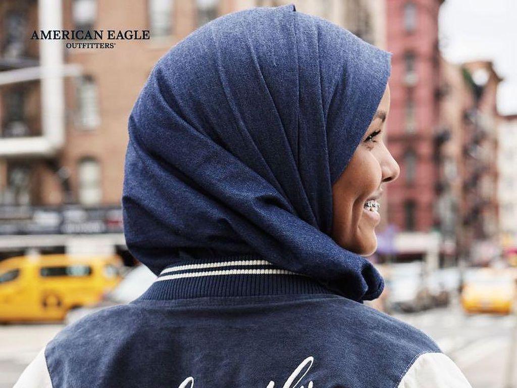 American Eagle Rilis Kerudung Denim untuk Hijabers