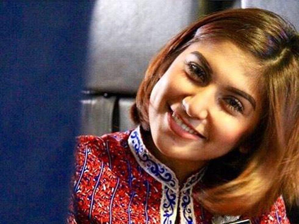 Annisya, pramugari Lion Air. (Foto: instragram.com/pramugari_indonesia)