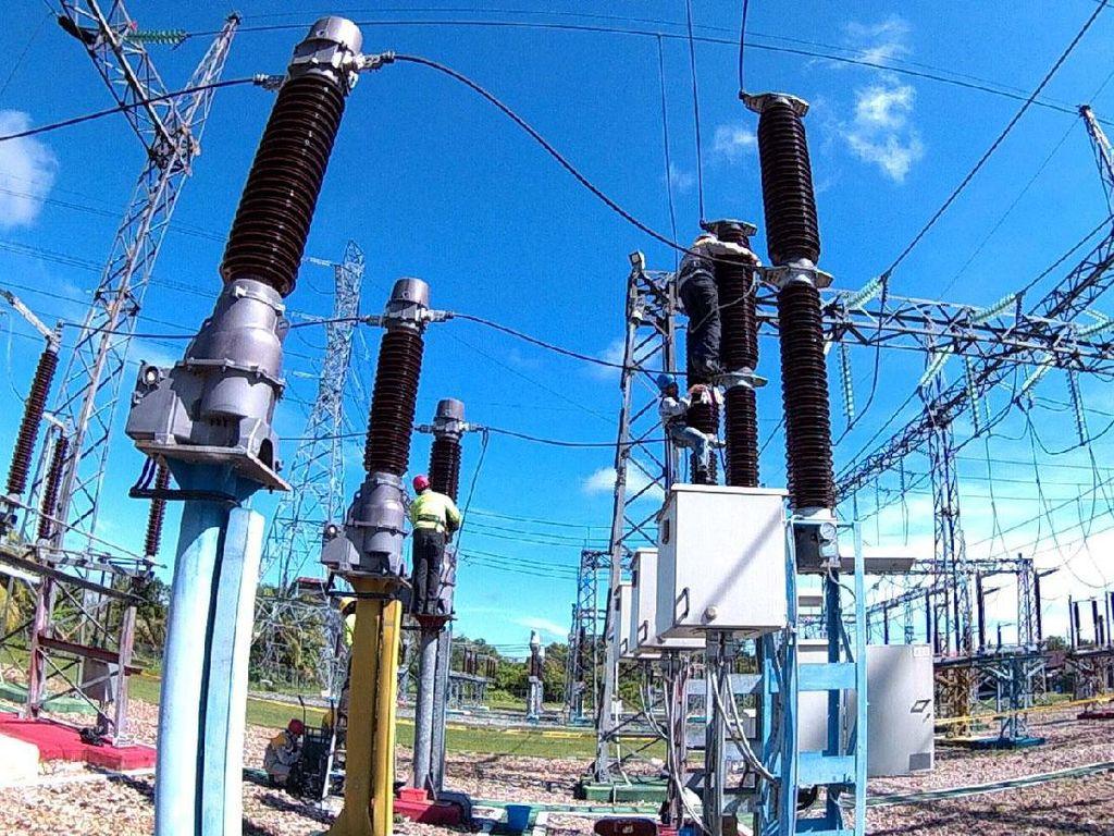 Sesuai Rencana Usaha Penyediaan Tenaga Listrik (RUPTL), sampai akhir 2020, sistem kelistrikan Kalsel dan Kalteng akan menambah suplai listrik sebesar 1.663,4 MW. Dengan prediksi Beban Puncak pada 2020 sebesar 1.000 MW, sehingga akan tersedia cadangan daya sebesar lebih dari 600 MW atau 60% dari Beban Puncak. Pool/PLN.