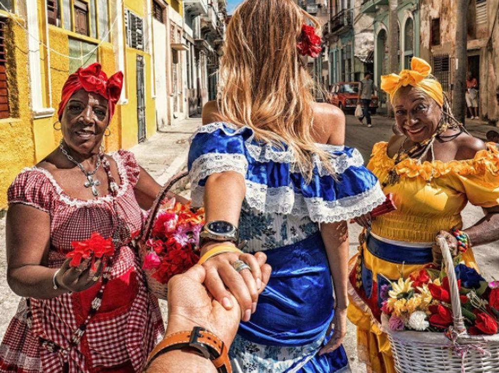 Kalau ini saat mereka di Kuba. Foto: Instagram