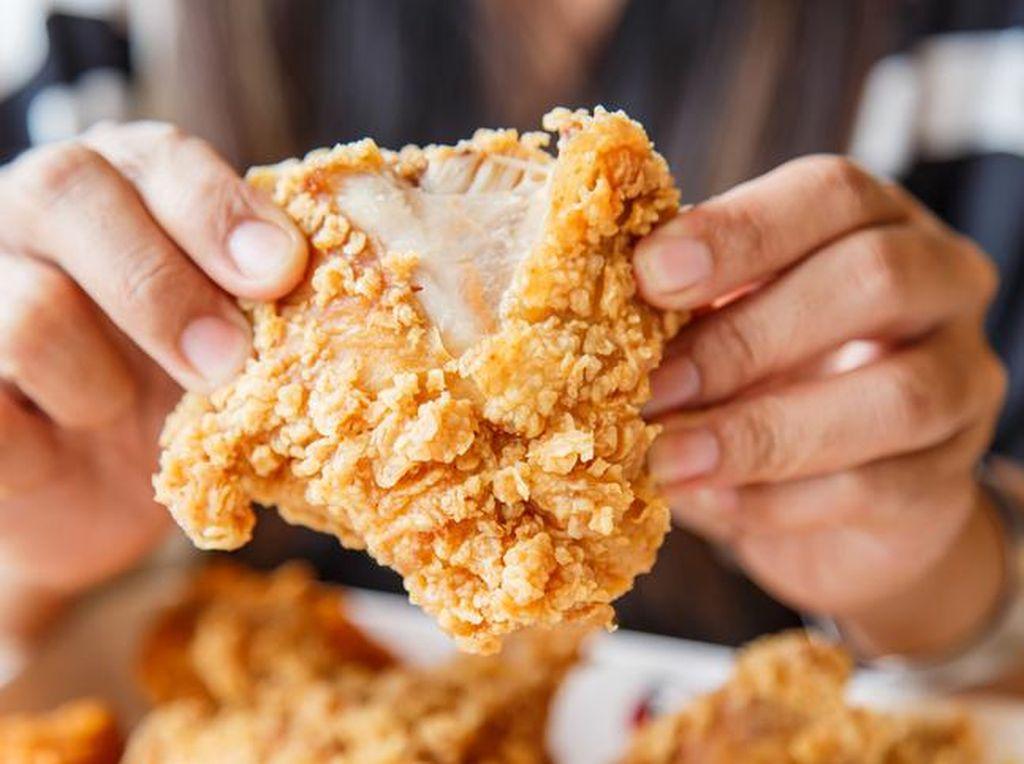 Mulai Dari Rp 7.000 Bisa Makan Fried Chicken Renyah di 5 Gerai Lokal Ini