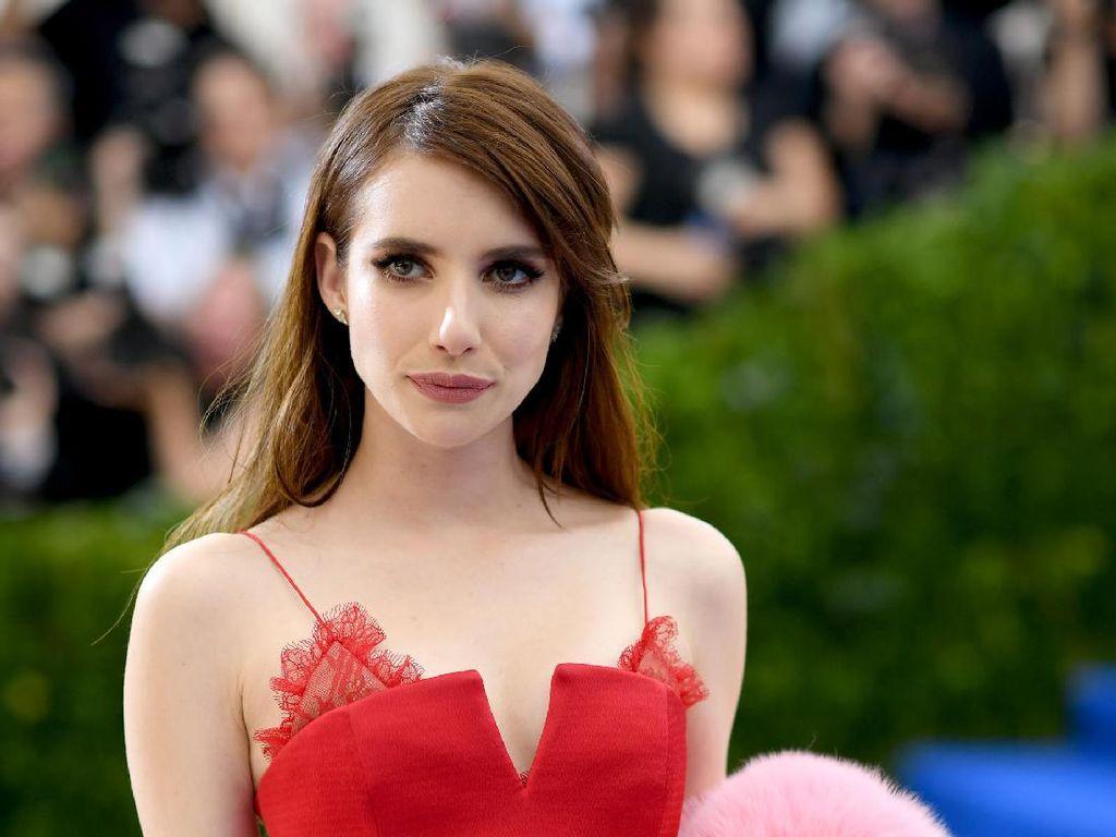 Foto: Cantiknya 10 Selebriti Bergaya Kasual Hingga Glamour