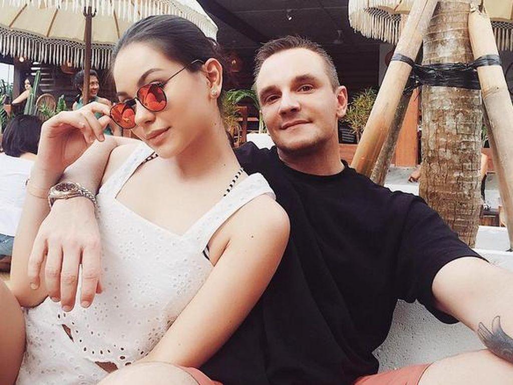 Intip Si Cantik Alyssa Daguise saat Berlibur di Bali Yuk!