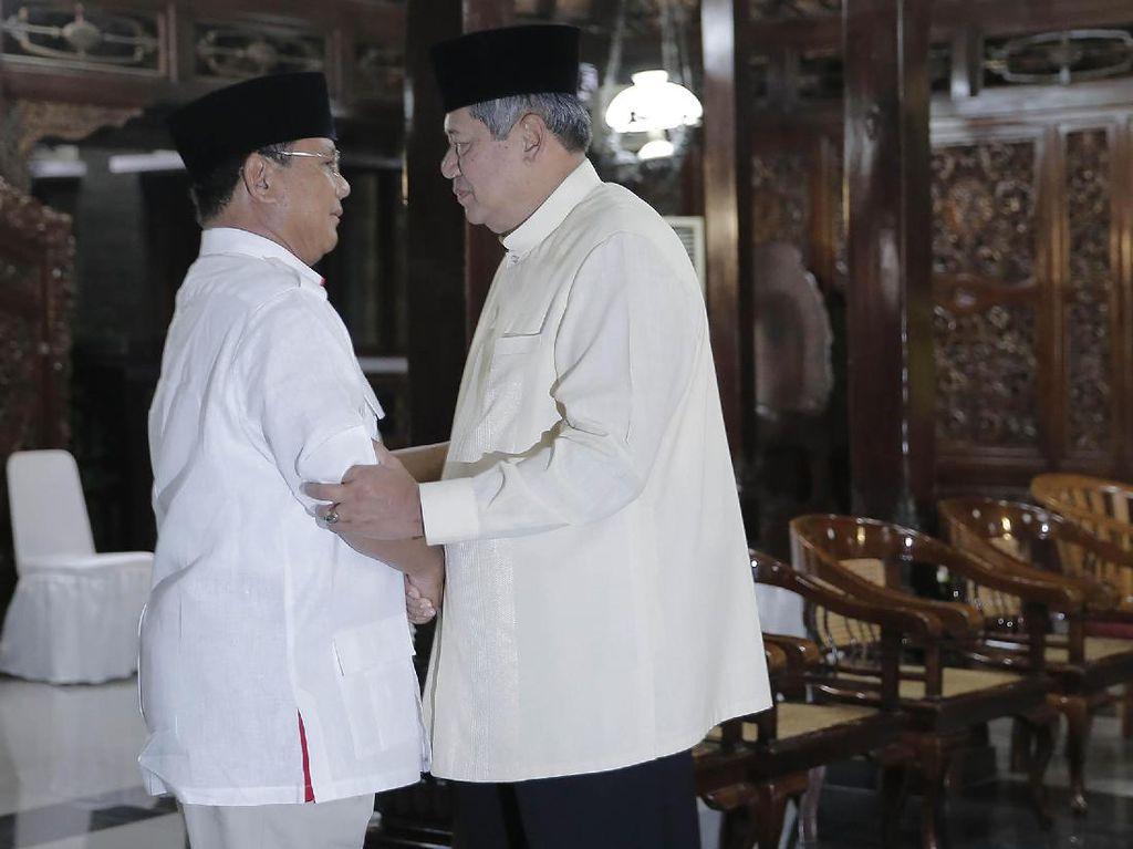 Foto: Nostalgia Kemesraan SBY dan Prabowo