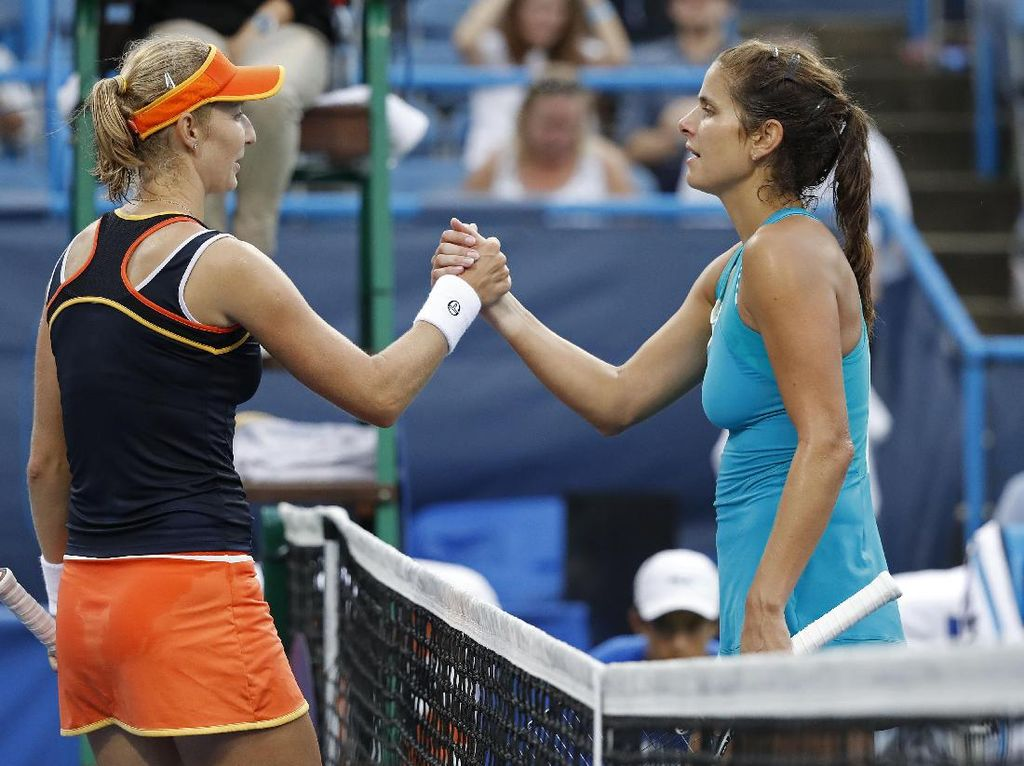 Melawan Julia Goerges di final, Makarova menang 3-6, 7-6(2), 6-0. Geoff Burke-USA TODAY Sports.