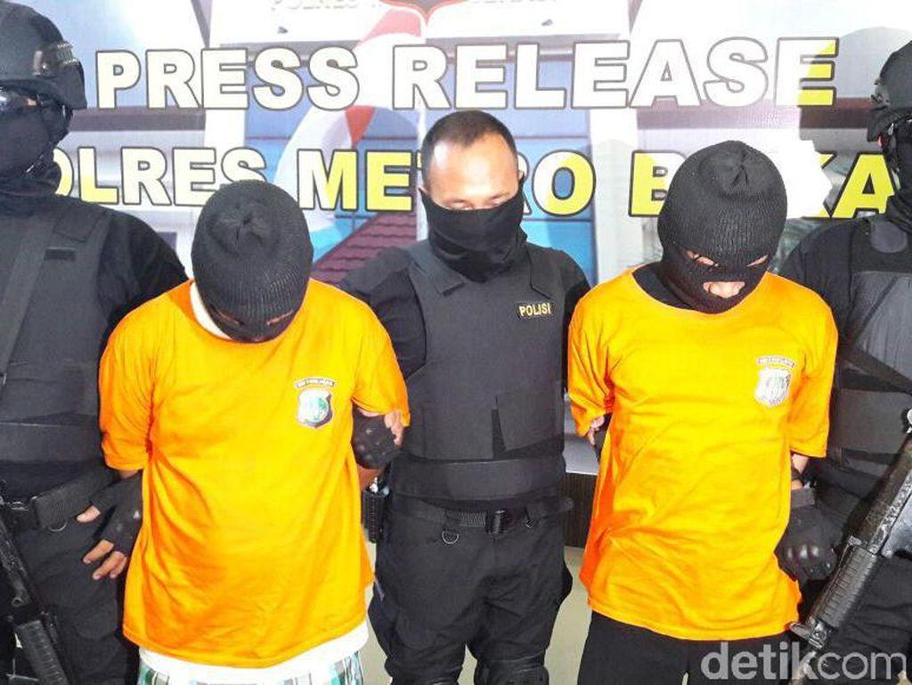 Polisi menunggu hasil autopsi dari pihak Rumah Sakit Sukanto Kramat Jati. Polisi telah menahan dan menetapkan NNH dan SH sebagai tersangka pengeroyokan MA. (Foto: Dok. Istimewa)