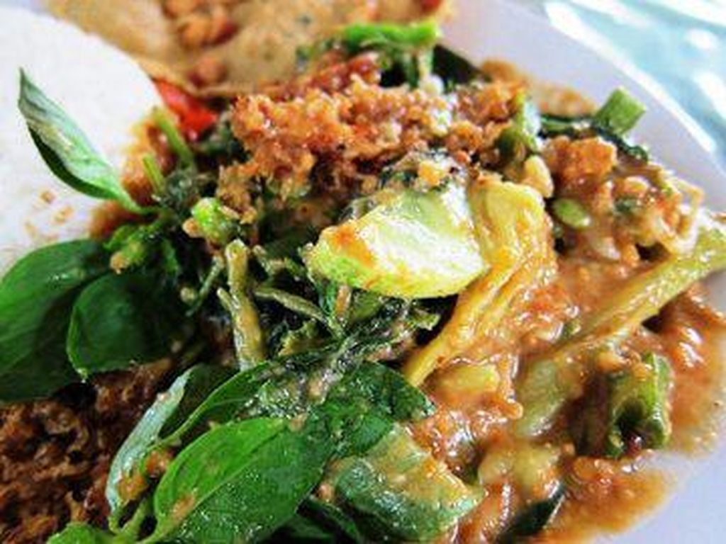 Yuk, Makan Enak dengan Jajan 7 Pecel Sayuran yang Sedep Mantep Ini!
