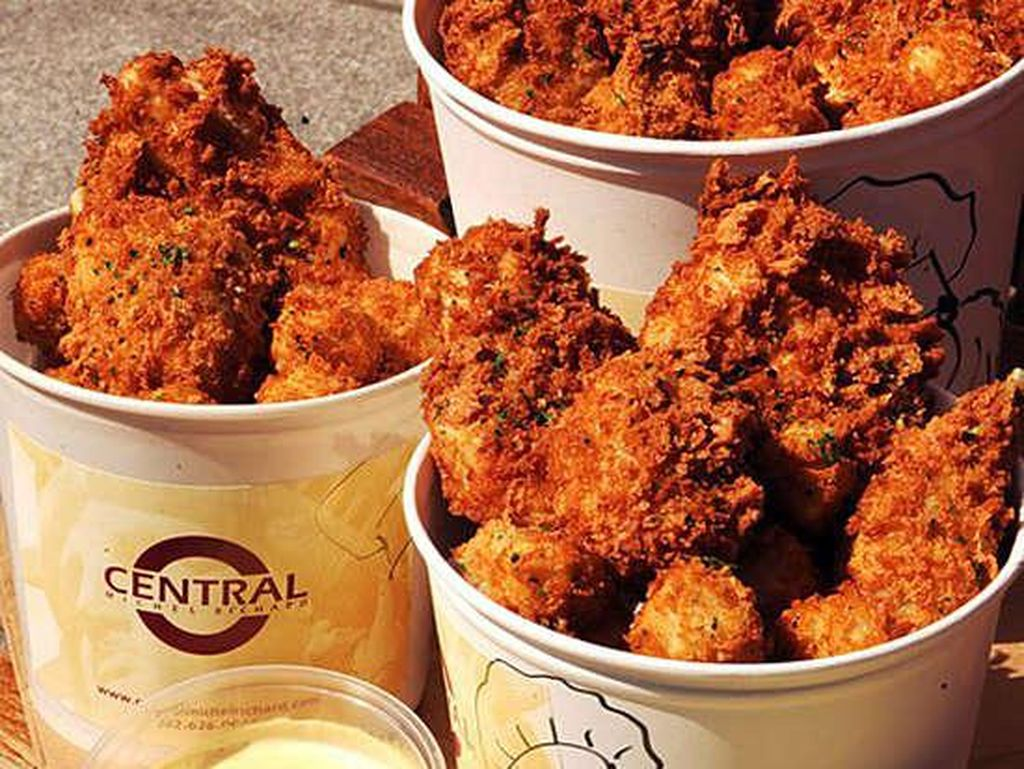 Central Michel Richard, Washington DC, dikenal dengan sajian ayam goreng super renyah yang sangat populer. Jangan sampai kelewatan! Foto: Istimewa