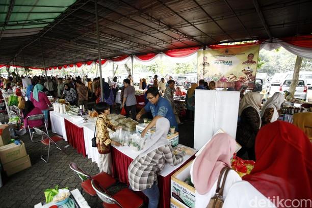 Bazar Pangan Lokal di Kementan