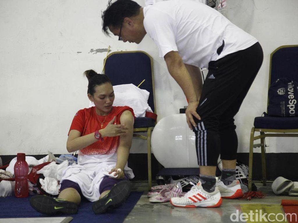 Chintya Anreiny Pua juga jadi salah satu atlet yang diandalkan Pengurus Besar Ikatan Anggar Seluruh Indonesia untuk meraih medali di Kuala Lumpur, Malaysia. Ini merupakan ketiga kalinya dia dipercaya untuk membela timnas anggar Indonesia.