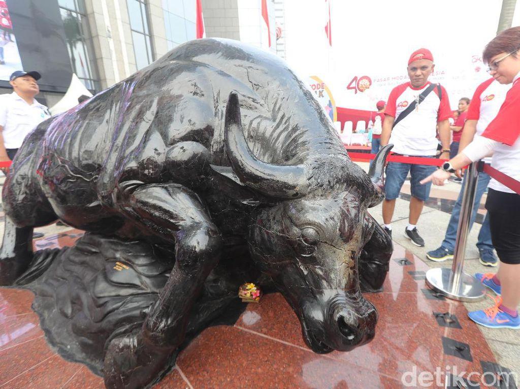 Nama Banteng Wulung diambil dari cerita rakyat Pasundan. Cerita itu berisi tentang sebuah banteng perkasa yang mampu menjaga kerajaan Pasundan.