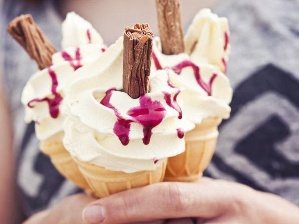 Pilih Es Krim Cone atau Cup? Kepribadian Anda Bisa Ditebak dari Cara Makan Es Krim
