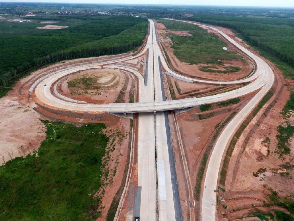 Jokowi Kebut Pembangunan Tol Bakauheni-Terbanggi Besar