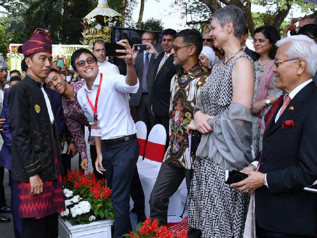 Perwakilan negara sahabat juga ditemui Presiden Jokowi. Foto: Biro Pers Setpres