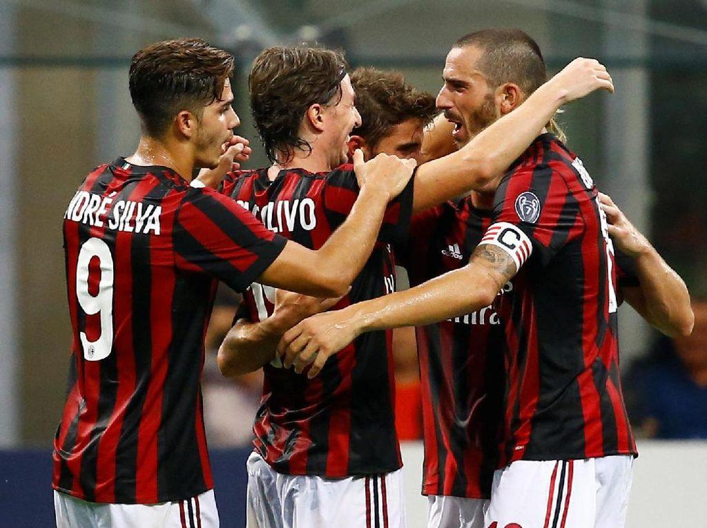 Pesta Setengah Lusin Gol Milan