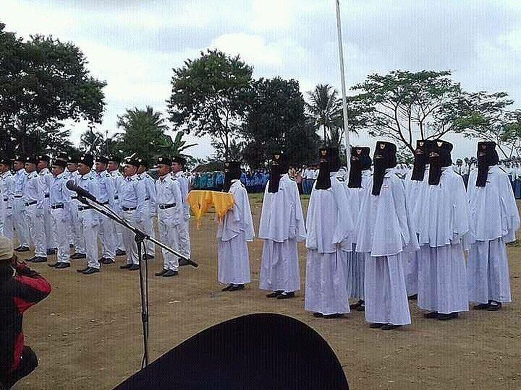 Viral, Foto Anggota Paskibraka Bercadar dari SMK di Tasikmalaya