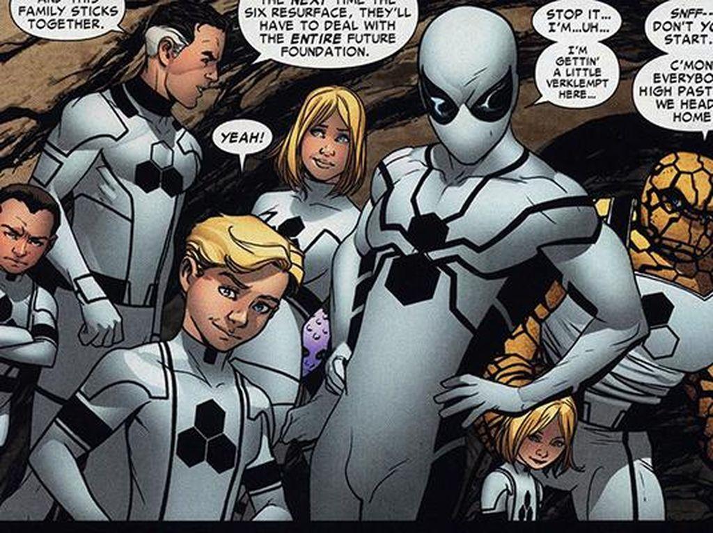 Kostum ini muncul ketika Spider-Man tergabung dalam sebuah tim bernama Future Foundation bikinan Fantastic Four. Kostum ini dibuat di tahun 2011 dan disebut tidak bisa kotor. Foto: istimewa