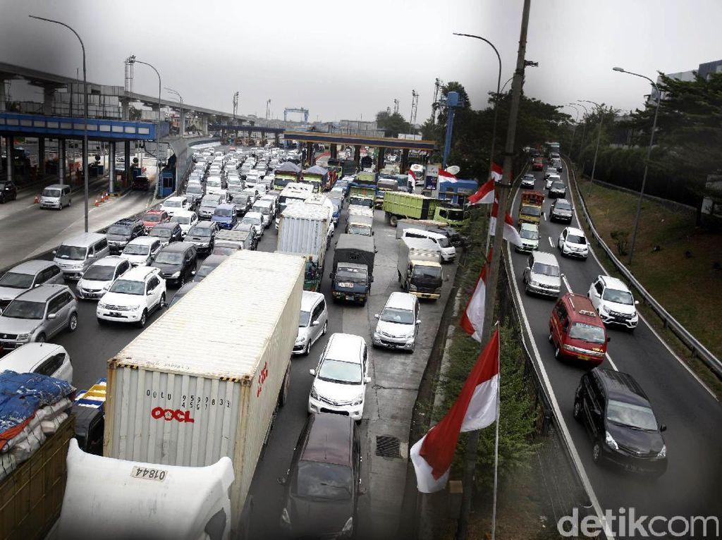 Wacana Mengurai Kemacetan di Tol Cikampek Bekasi-Cawang