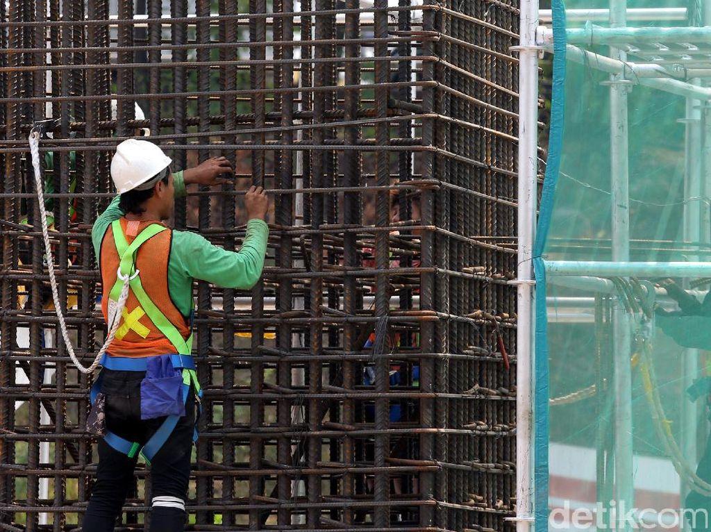 Foto: Kejar Target, Pembangunan LRT Jabodebek Digenjot