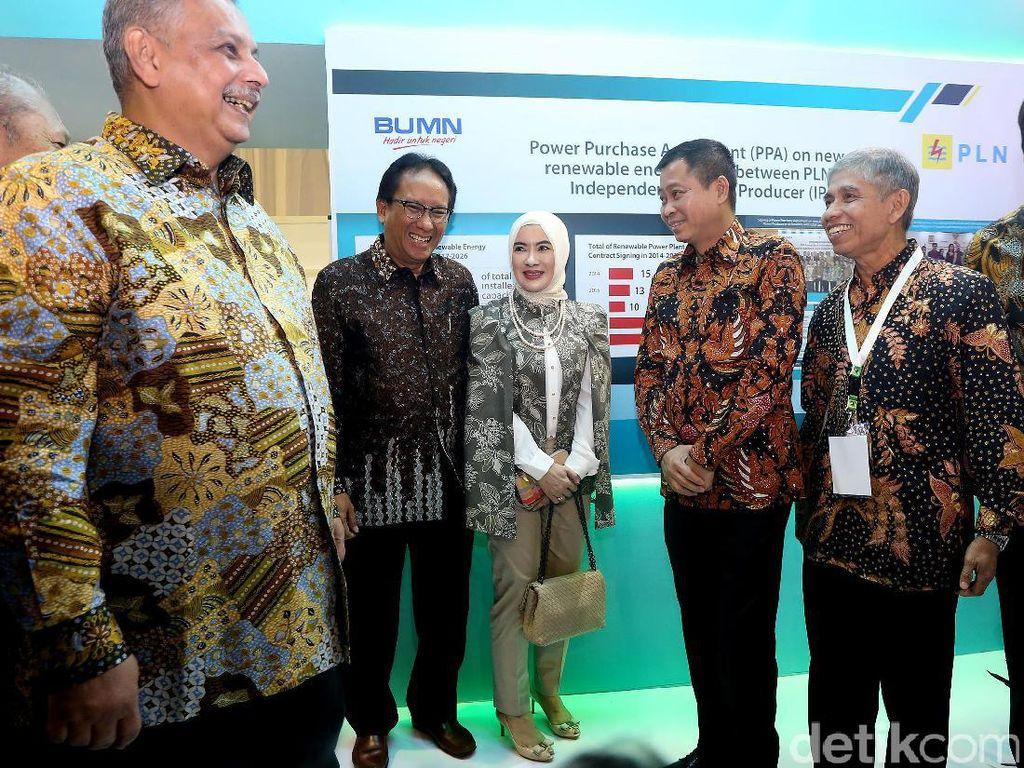 Indo EBTKE Conex merupakan acara rutin setiap tahun yang diselenggarakan Direktorat Jenderal EBTKE bersama Masyarakat Energi Terbarukan Indonesia (METI) dan telah dimulai sejak 2012.