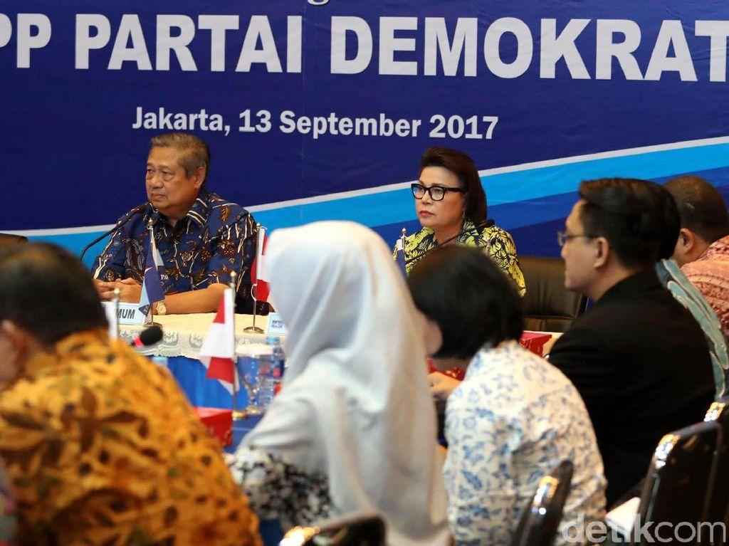 SBY menegaskan agar intervensi apapun terhadap KPK harus ditolak, termasuk obstruction of justice.